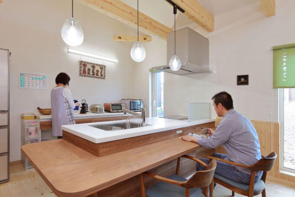 写真:パッシブ換気&オリジナルキッチンカウンター【北広島市・Y邸】(1)