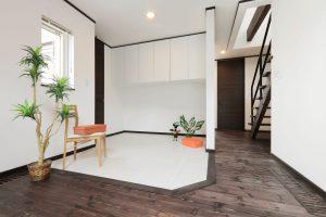 写真:愛犬家のためのモダンデザイン住宅【札幌市・S邸】(2)